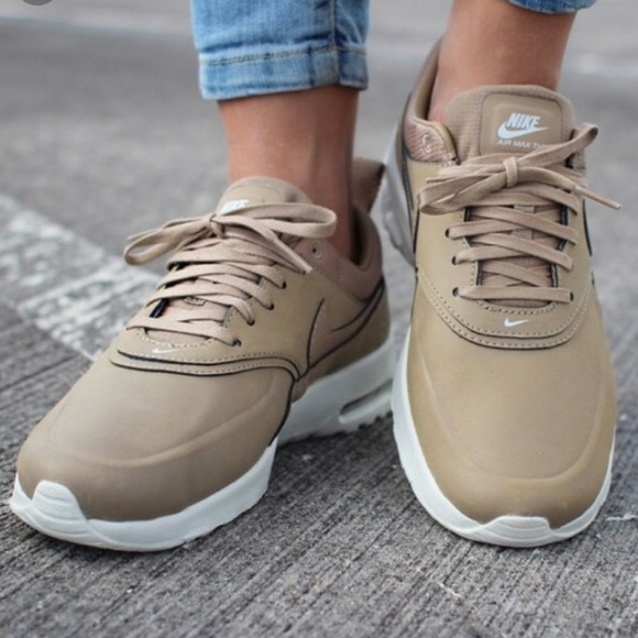 Codzienne sportowe buty Nike Air Max Thea Premium Desert Camo
